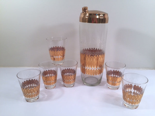 Pasinski Signed Mid-Century 22-Karat Gold 7-Piece Cocktail Set (1 Shaker and 6 Glasses)