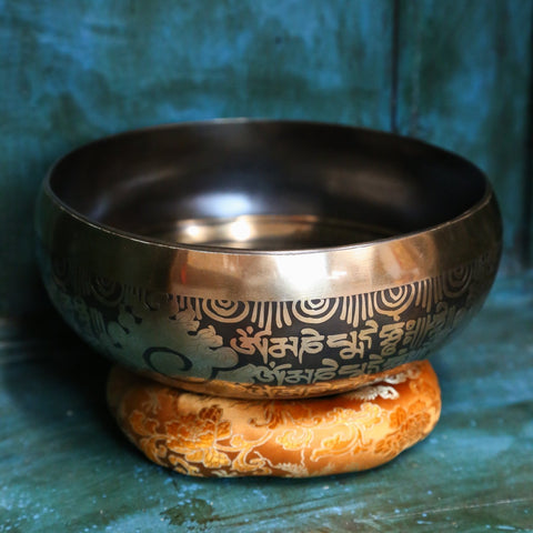 Tibetan Mantra Singing Bowl