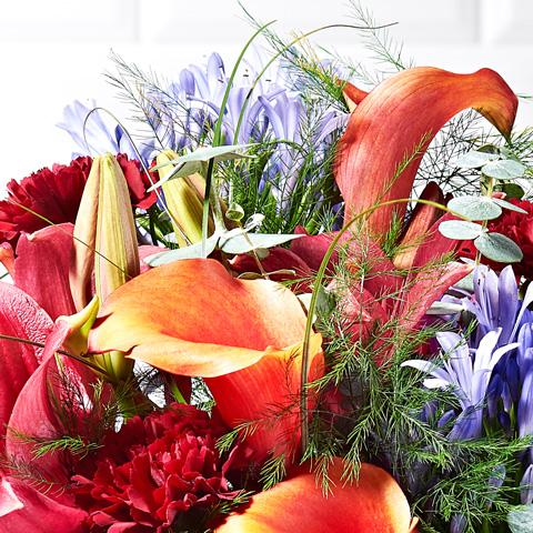 Sangria Flower Delivery - Mango Calla Lily & Carnation - Hand-tied Bouquets - Postabloom Flower delivery app