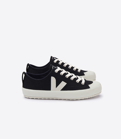 Women's Nova Sneaker in Black from Veja