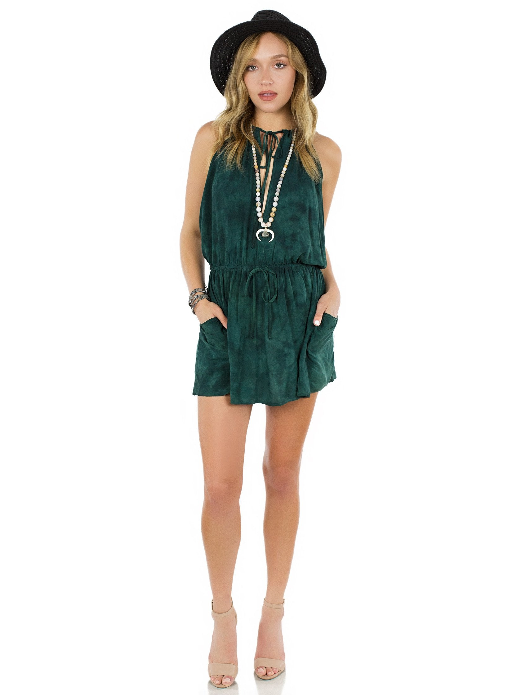 Girl outfit in a dress rental from Blue Life called New Island Halter Dress