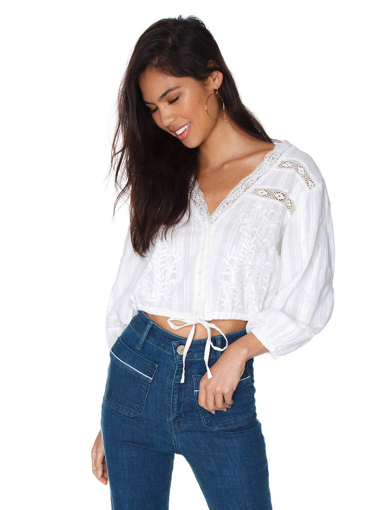 Women outfit in a top rental from Free People called Weekend Breeze Set