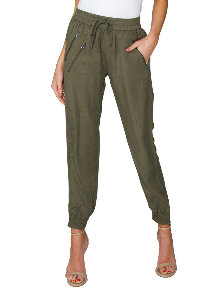 Women outfit in a pants rental from FashionPass called Jessie Jumpsuit