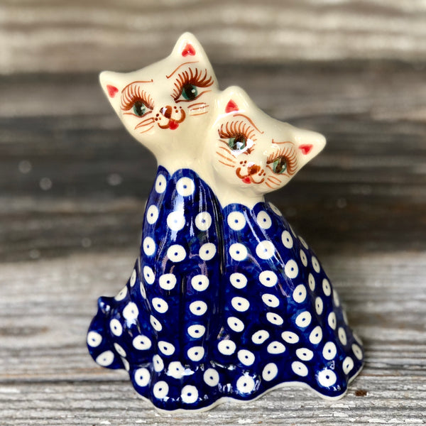 "Vena 7"" Cat Figurine"
