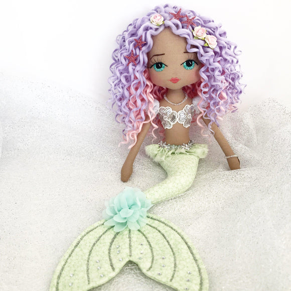 mermaid-doll-seychelle-upper-dhali