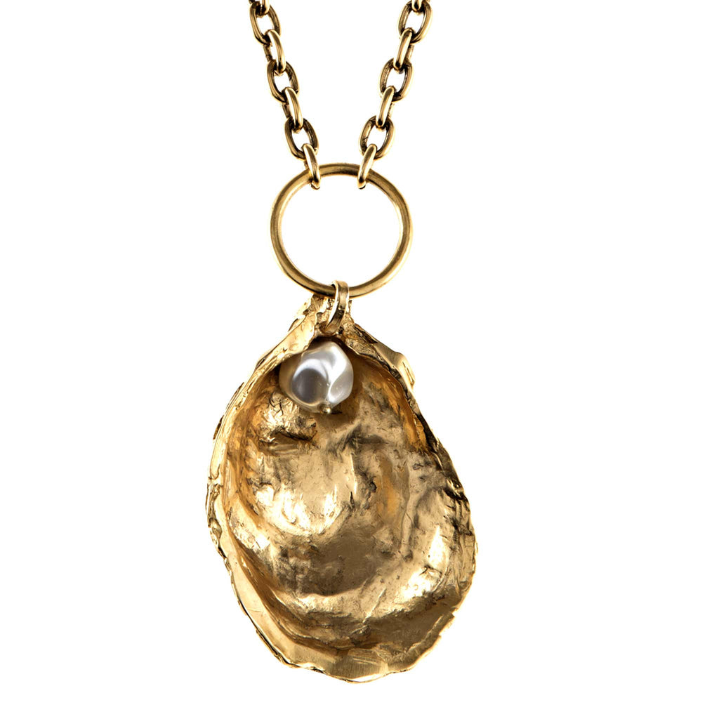 Oyster Necklace in Gold