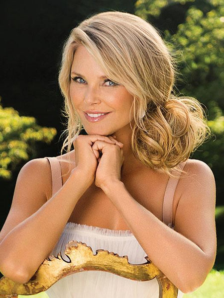 WISPY WRAP by CHRISTIE BRINKLEY in HT25 | Medium Golden Blonde