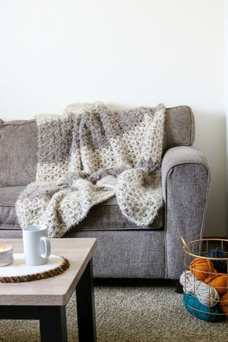 Bear Hug Blanket // Crochet PDF Pattern