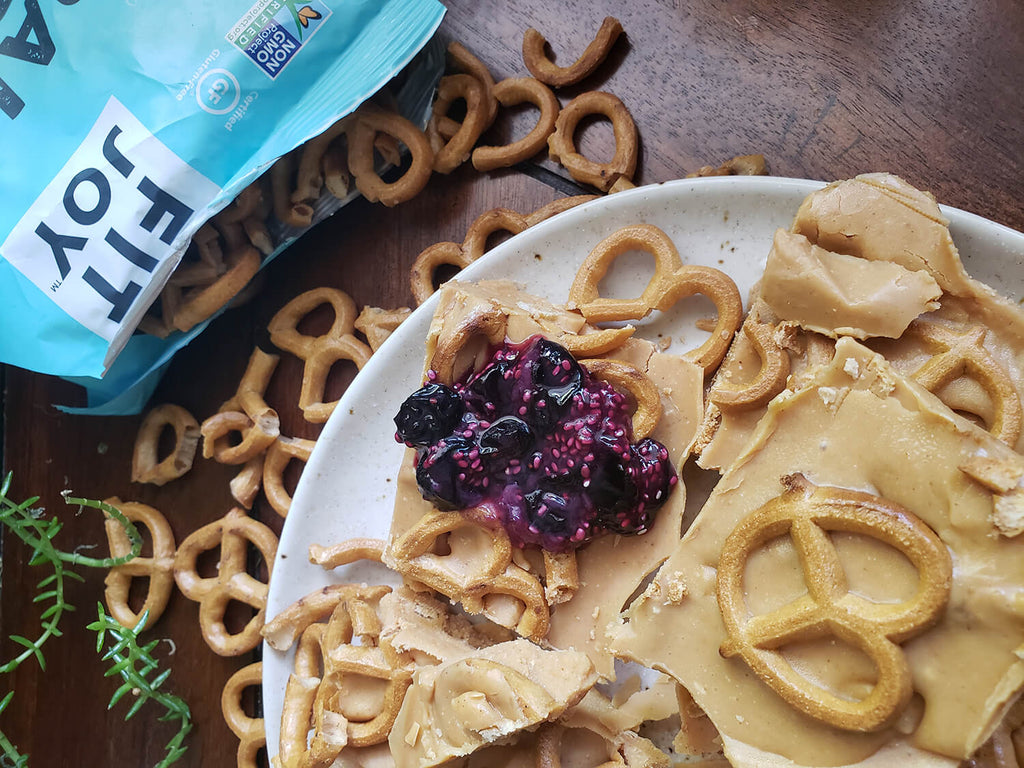 pretzel bark with jam