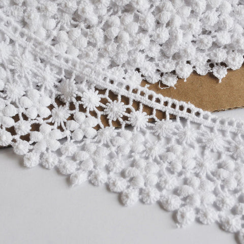 Venise Lace Edging White 2-1/4 inch