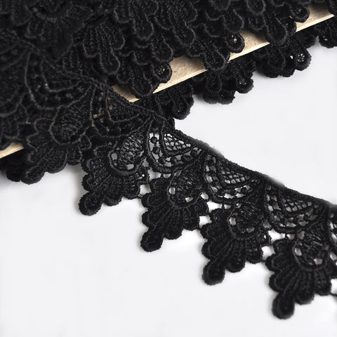 Deco Fan Venise Lace Trim Black 1-3/4 inch