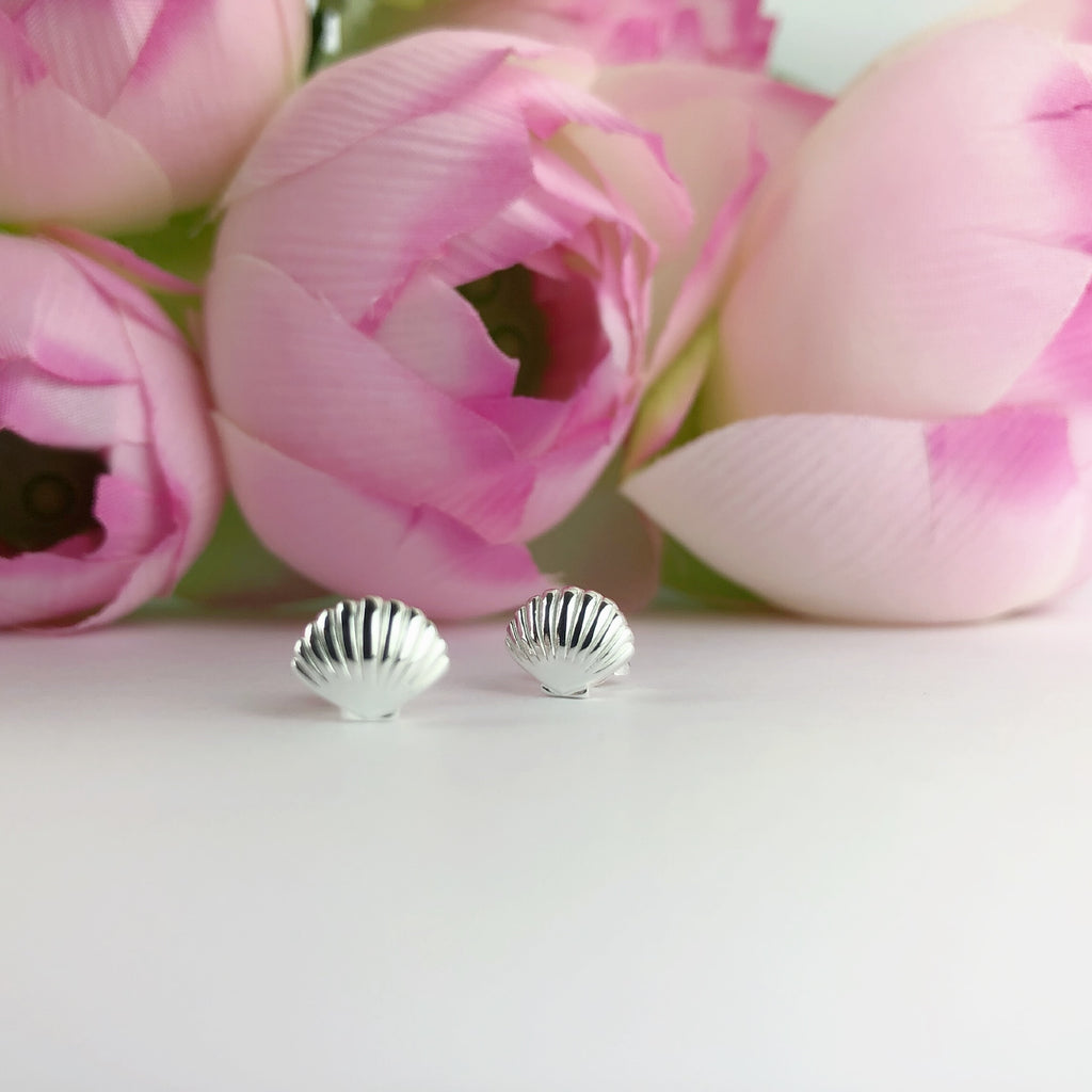 Clam Shell Stud Earrings - SE4878