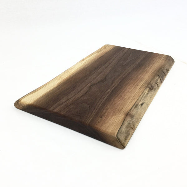 Live Edge Cutting Board Made of Walnut