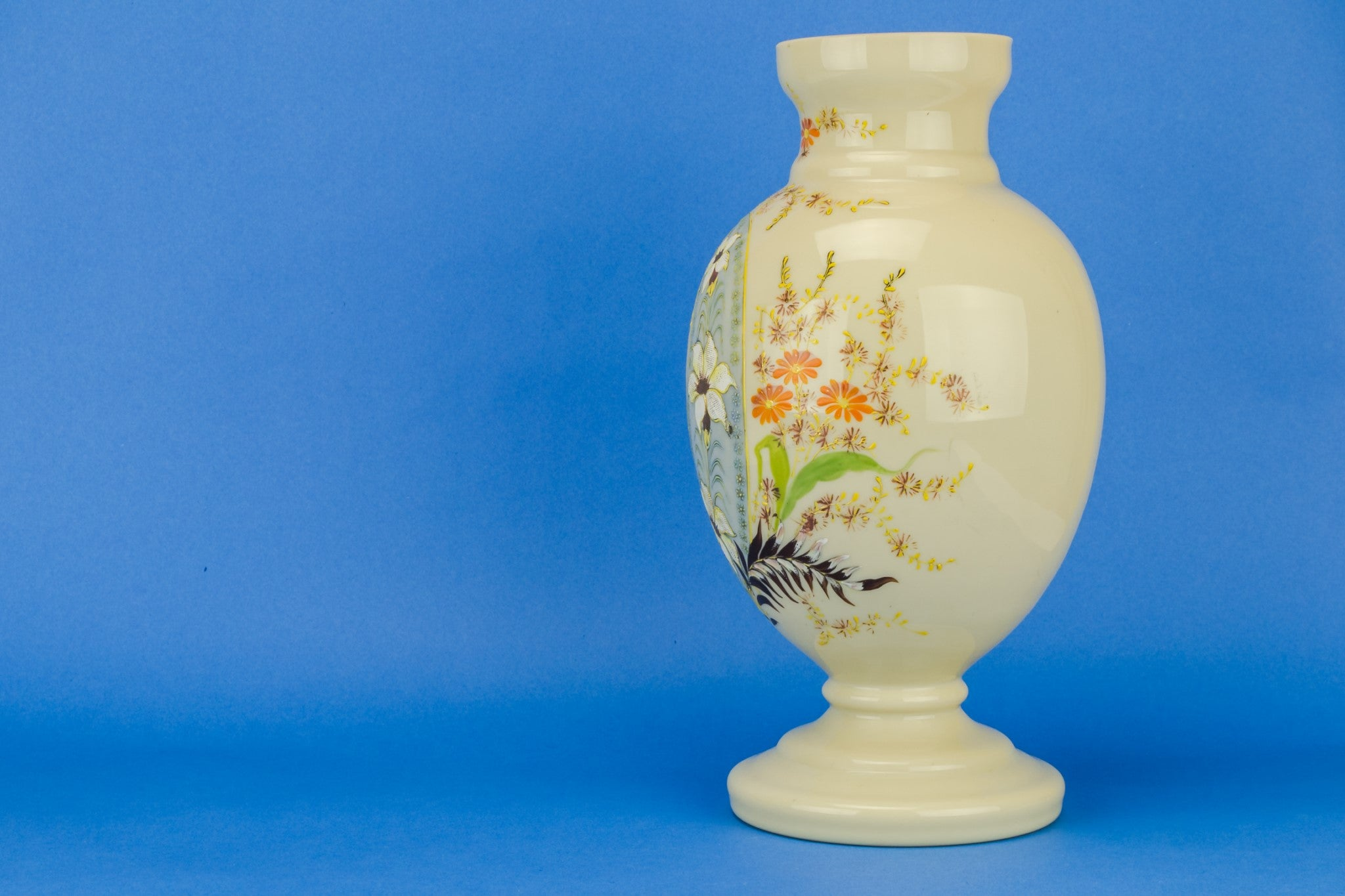 Large paisley glass vase