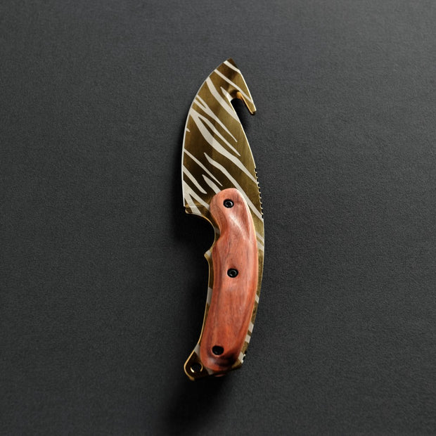 Tiger Tooth Gut Knife