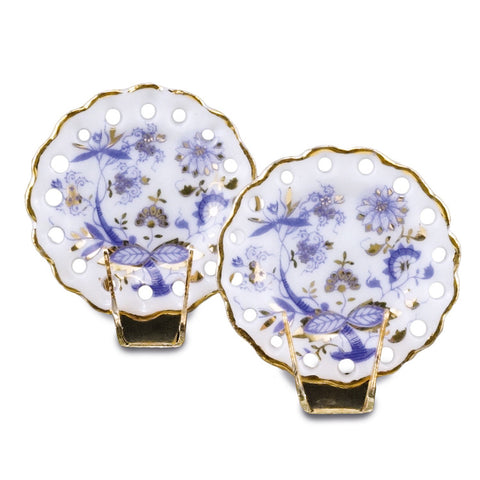 Blue Onion Plate Set with Stands