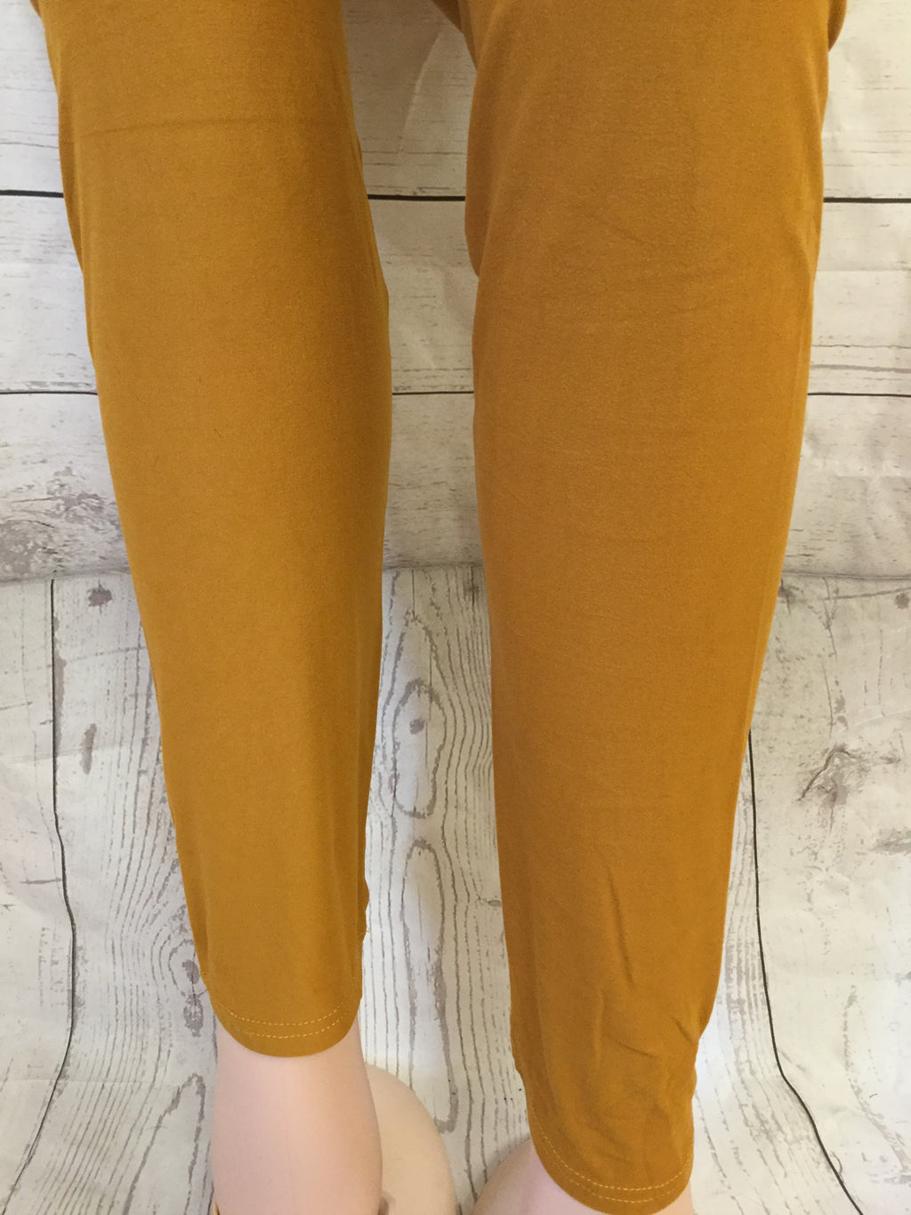 Extra Plus Solid Mustard Leggings