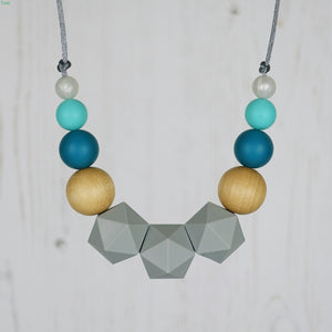 King of Hearts: Wonderland Teething Necklace - Pebbles and Lace