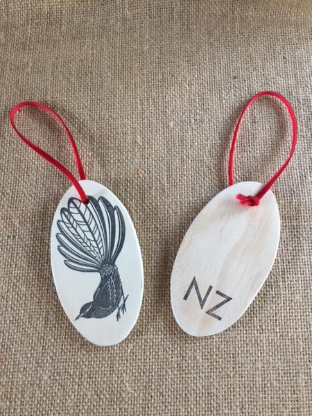Fantail wooden Tree decoration