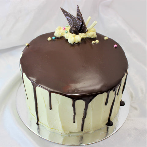 Boston Cream Vanilla Cake