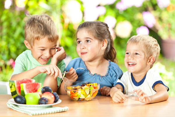 Ways to avoid harmful artificial colors in food targeted at your kids!