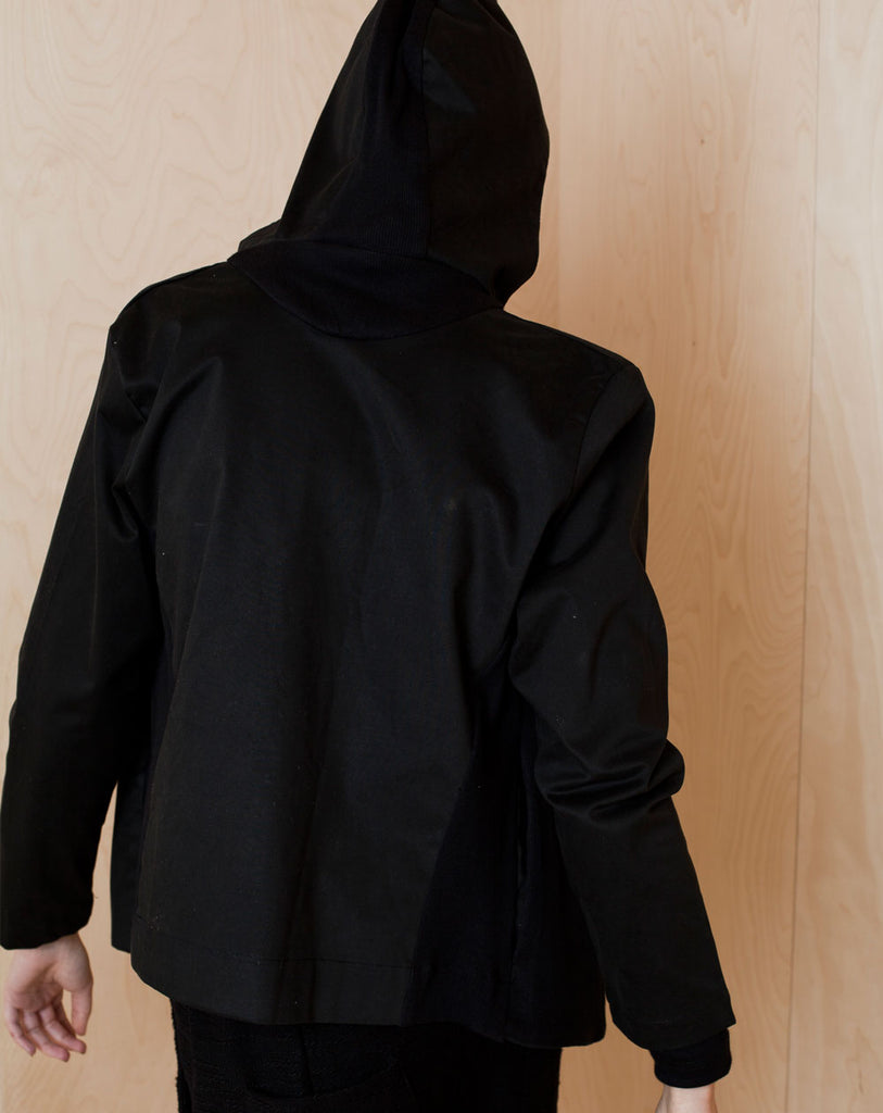 Hooded Jacket with reeve