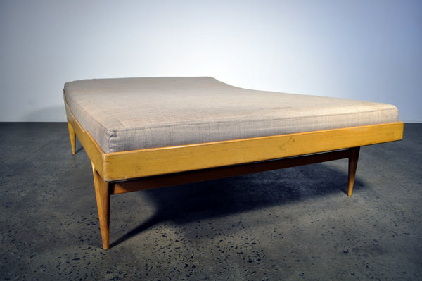 Berlin Daybed by Bruno Mathsson
