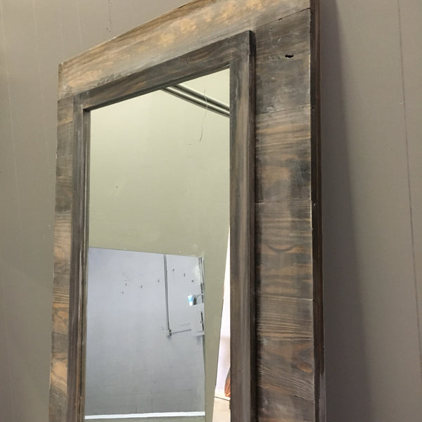 Horizontal Plank Mirrored Door