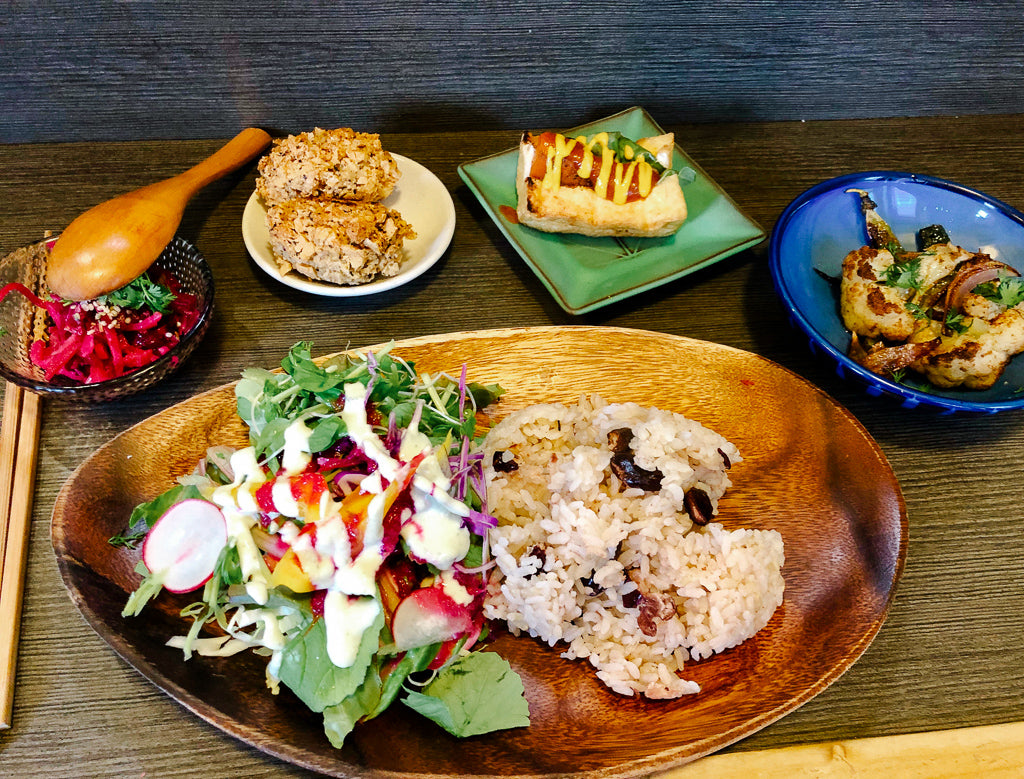 vegan food at BASE ISLAND KITCHEN osaka japan