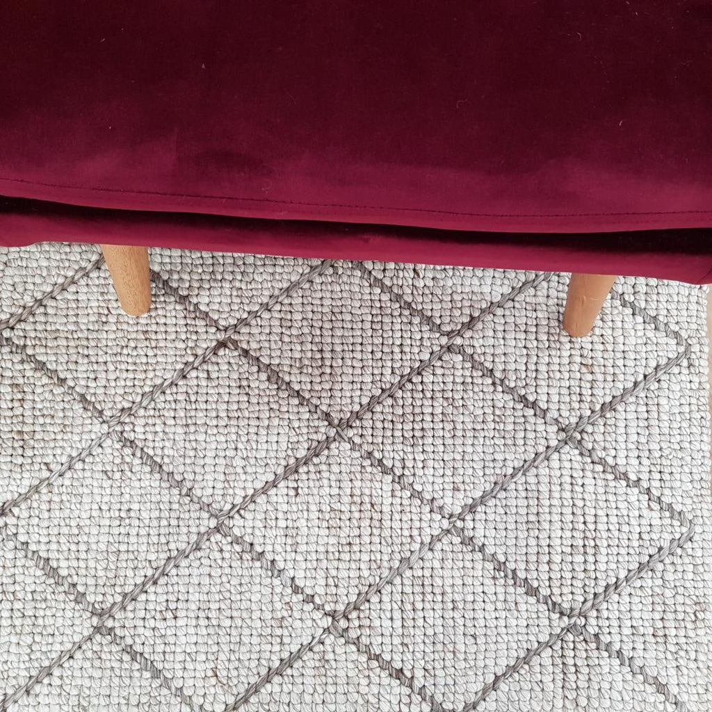 Alpha CruniossDia OFF White Rug