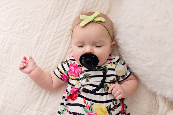 OLI pacifier - BLACK - Limited Edition - Getting Sew Crafty