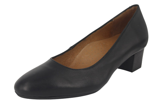 HOSTESS 35 - Nappa Black