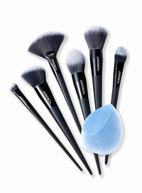 Foundation Brush, Blush Brush, Fan Brush, Contour Brush, Powder Brush, Blending Eye Brush and a Velvet Sponge