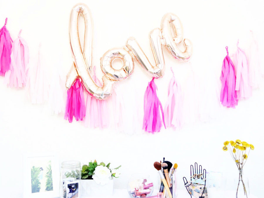 LOVE Script Letter Balloon
