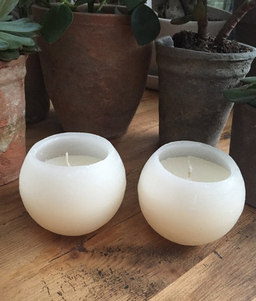 Ball Candle Ivory - 10cm