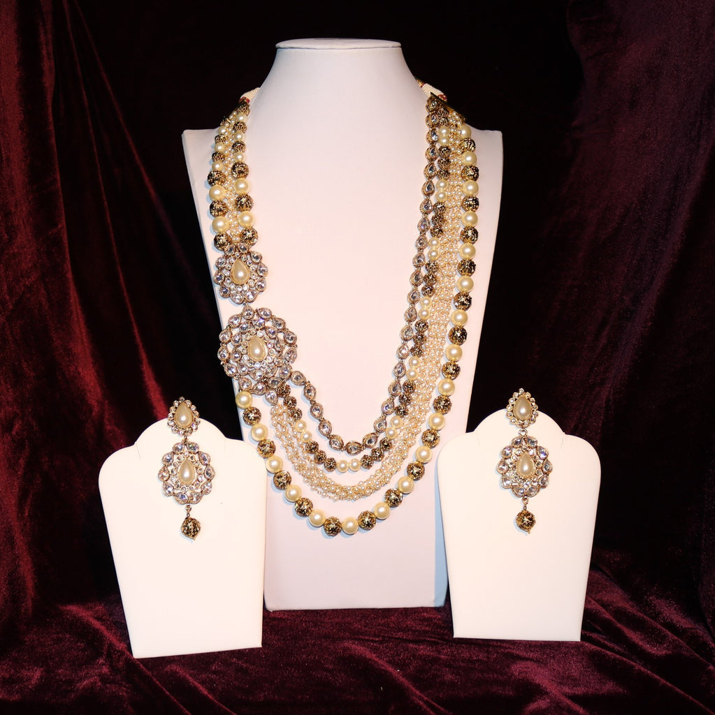Golden & White Stoned Kundan Cut Necklace Set