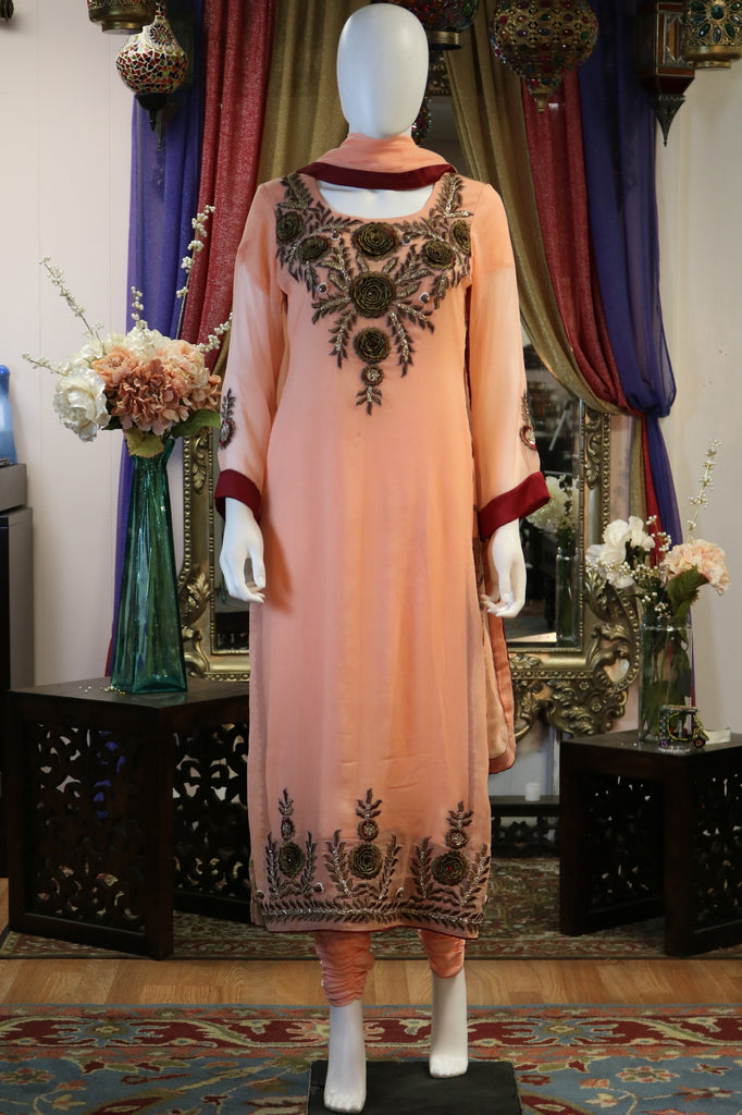 Floral Threaded Shalwar Kameez