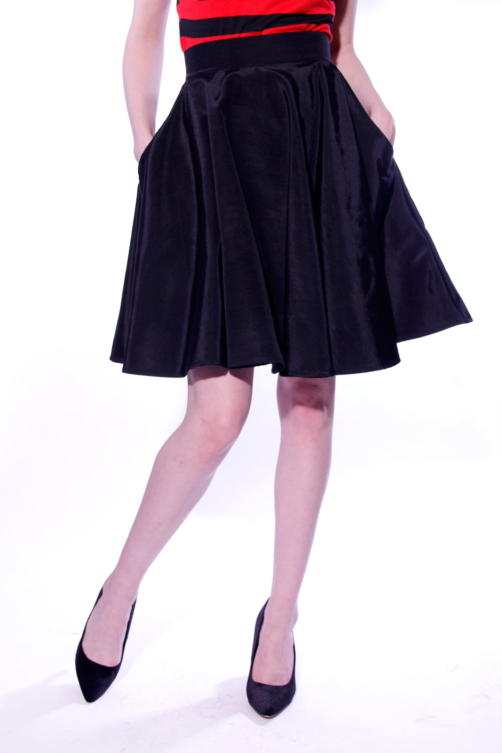 Lucille Above Knee Swing Skirt with Pockets - shopjessicalouise.com