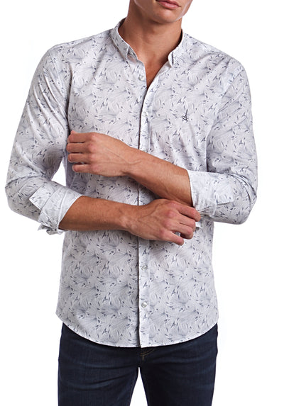 Traveler Slim Fit Dress Shirt.  Made of the finest 100% cotton featuring the Andriali emblem.  Pack your bags and travel the world in comfort with the perfect attire.  A lot can be said about a man with the choice of his collar.
