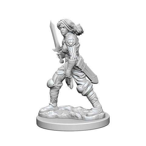 WZK72597 Human Female Fighter (2 minis) - Pathfinder Deep Cuts
