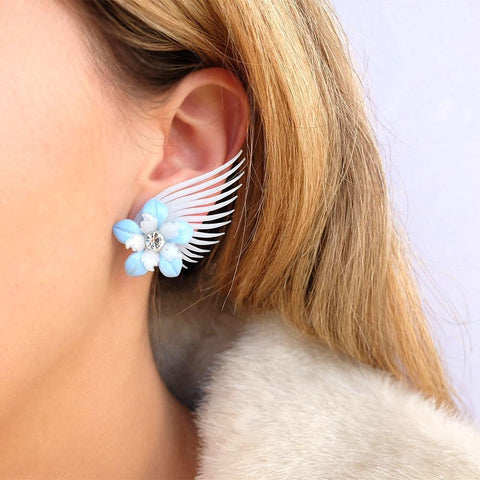 Vintage 1950s Pale Blue Wing Clip on Earrings