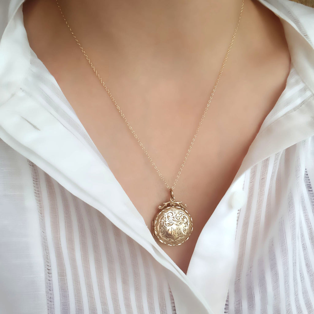 Antique Victorian Ornate 9ct Gold Locket Necklace