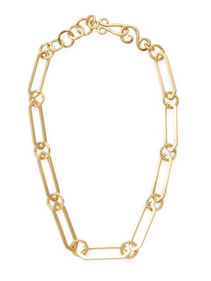 COURTLY CHAIN