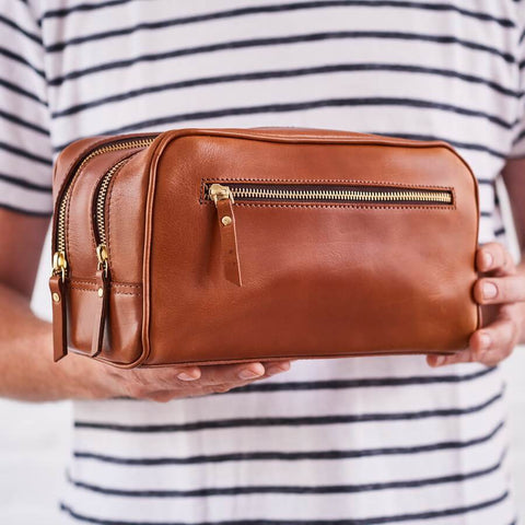 3 zip leather wash bag in tan brown