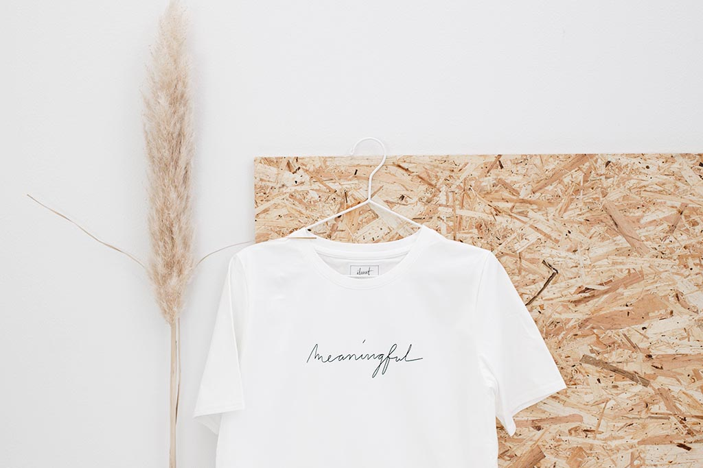 T-shirt / meaningful FREE SHIPPING