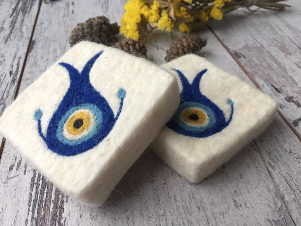 Set of 2 Blue Eye/Lucky Eye Felt Soap, Needle Felted Bar Soap, Handmade Felted Wool Soap Scrub, Natural Exfoliate Soap, Beauty Gifts - AHENQUE