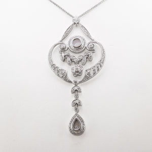 Antique Style Necklace in 18ct White Gold With Diamonds