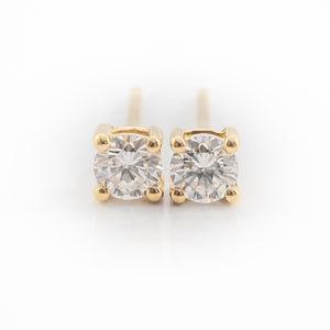 Round Brilliant Cut Diamond Earrings in Yellow Gold