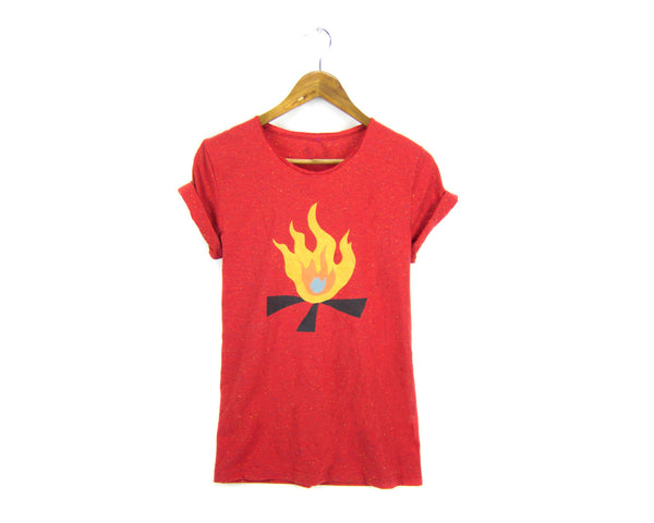 Campfire T-shirt in Heather Red Speckle by two string jane