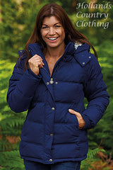 lady wearing Champion Newquay Duvet Quilt Jacket in navy